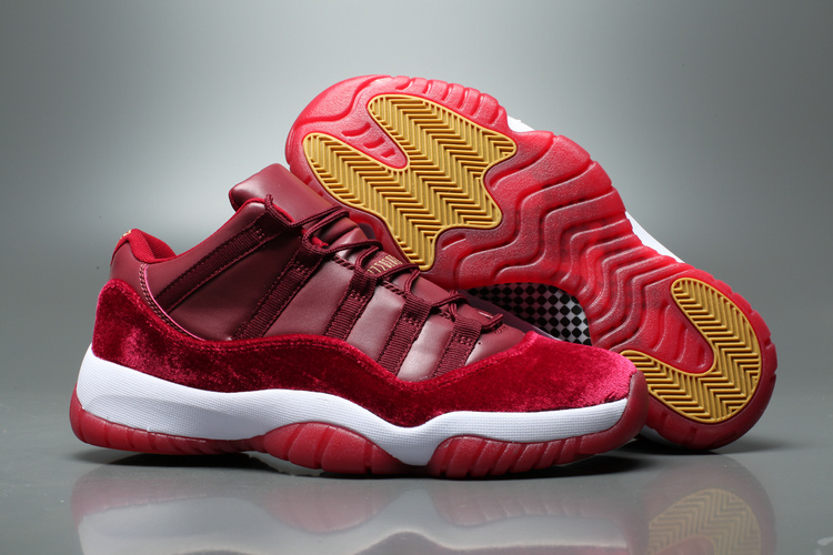 Air Jordan 11 Low Velvet Night Maroon