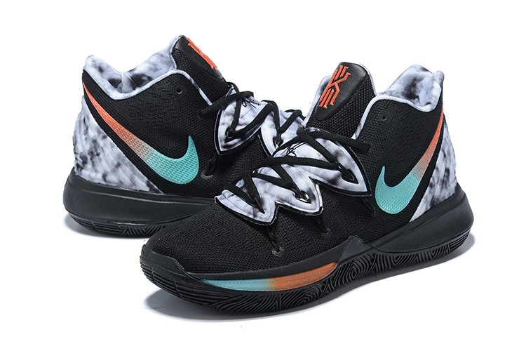 Kids Nike Kyrie 5 Gradient Print Shoes