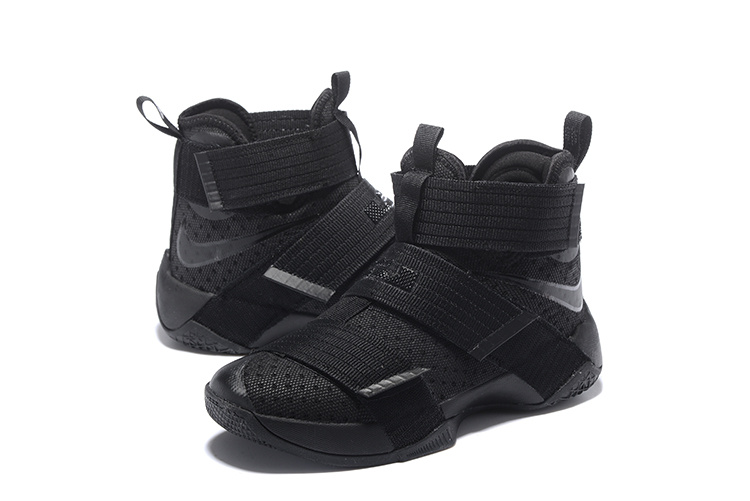 Men Nike Zoom Soldier X All Black Shoes