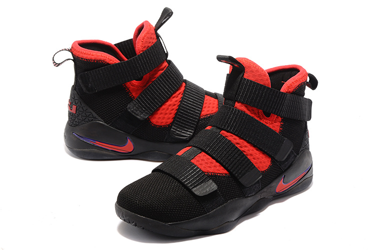 New Men Nike Soldier 11 Black Red Shoes