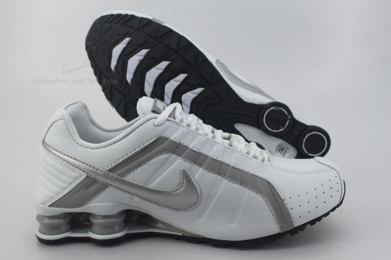 Nike Shox R4 mens new white silver