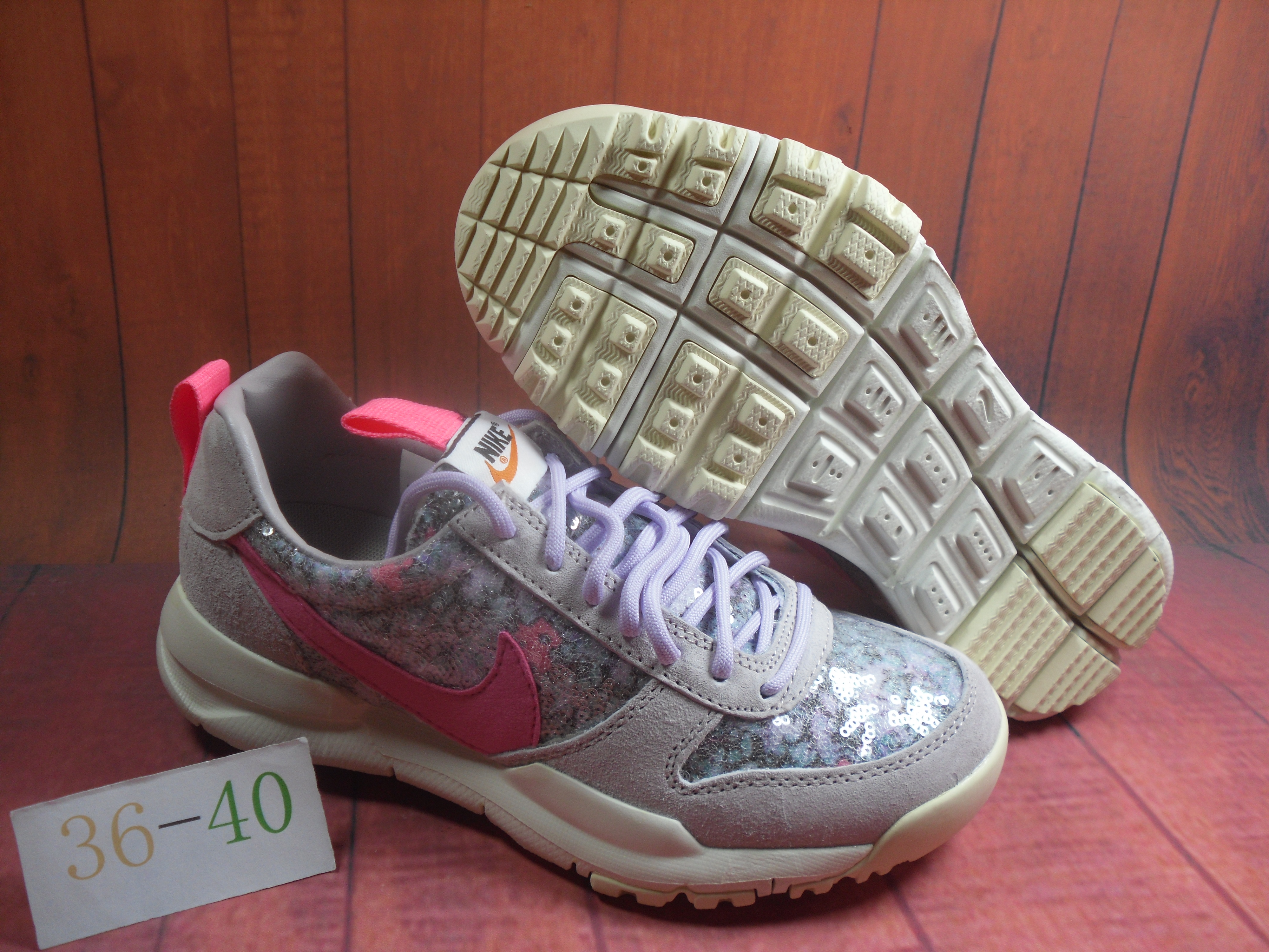 new product 9af6e 0990a Women Nike Air Force